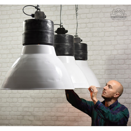 Lampa industrialna ORG-250 Polam Wilkasy
