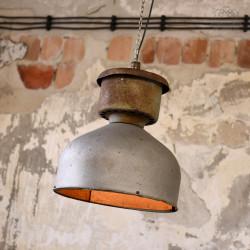 Lampa industrialna ORZ-1 z 1967 roku