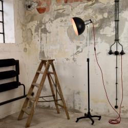 Lampa industrialna stojąca