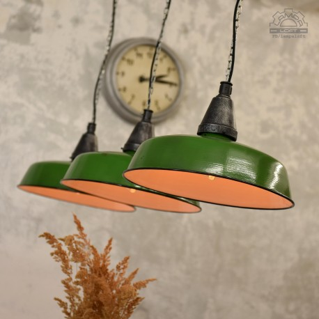 Emaliowane lampy industrialne z 67'