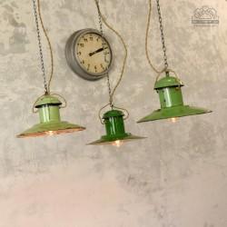 Radzieckie lampy industrialne z lat 60'