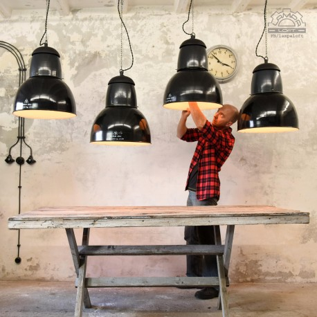 Węgierskie lampy industrialne EKA z lat 60'