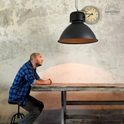 Lampa industrialna Via Achille Grande